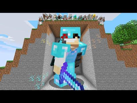 Minecraft Manhunt but I was secretly GIANT...