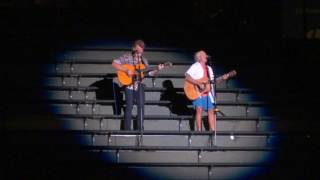 "Jimmy Buffett ""Tin Cup Chalice"" encore live Wrigley Field bleachers, Chicago 7-15-2017"
