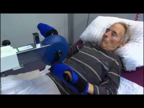 Riabilitazione delle braccia e delle gambe da distesi con - Gambe del letto ...