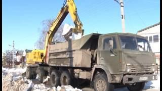 На улице Российской ведётся прочистка водоотводных канав(, 2017-03-01T10:54:09.000Z)
