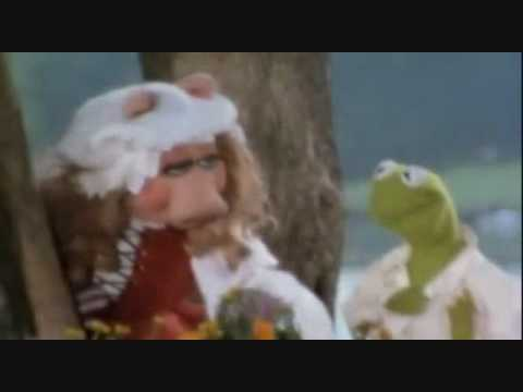 Stevie Wonder Weakness With Kermit And Ms. Piggy