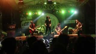 Gambar cover DIVIDE - The Moon : Whisperer (Live at Jakcloth 2012)