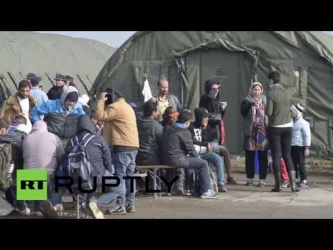 Croatia: Tensions over refugees mount with Serbia after traffic ban