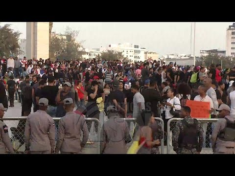 Por quinto día consecutivo cientos de personas protestan frente a la JCE