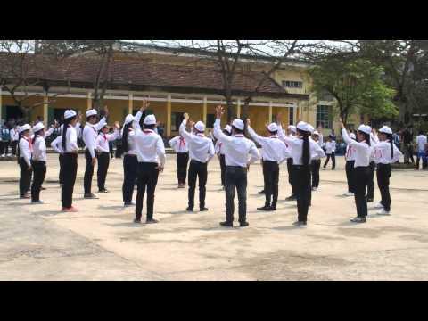 Thi nghi thức đội - Múa hát tập thể ^^