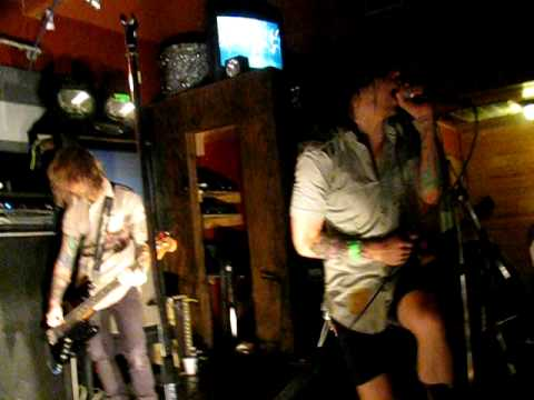 SHOWBREAD MOUTH LIKE A MAGAZINE EBOOK DOWNLOAD