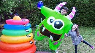 Öykü and New Friend  Predent Play Fun Kid Video
