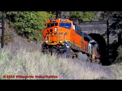 Railfanning the Columbia Gorge - Volume 2: Coal, Garbage & Windsurfers