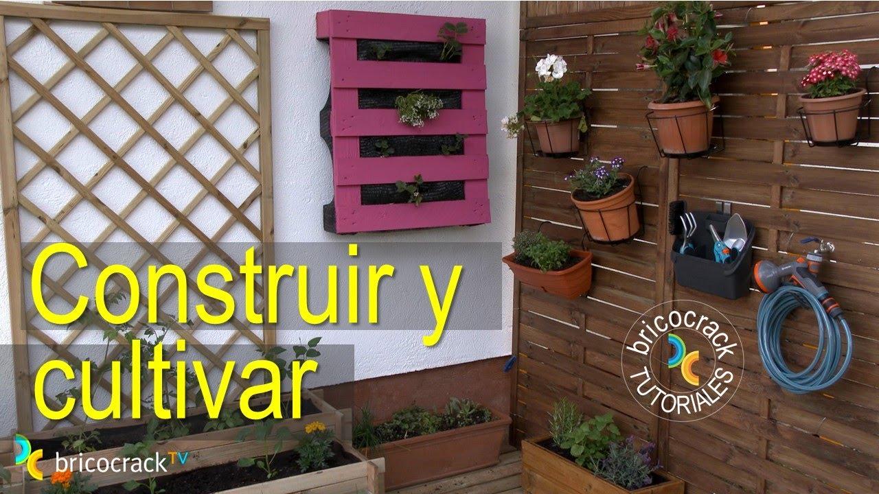 C mo construir y cultivar un huerto urbano vertical con palets bricocrack youtube - Jardineras con palets de madera ...