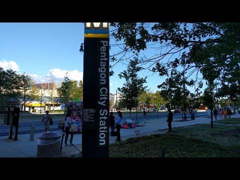 Pentagon City Metro Station - Washington DC Metro Yellow/Blue lines