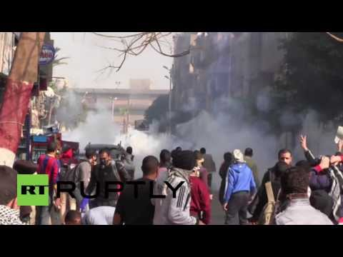Clashes in Egyptian Giza rage on despite protest ban