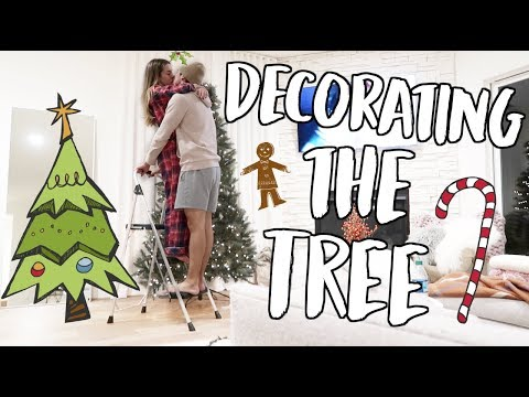 Download Youtube: DECORATING OUR CHRISTMAS TREE! VLOGMAS DAY 1!