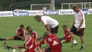 Heynckes lässt Bayern-Profis wieder lachen
