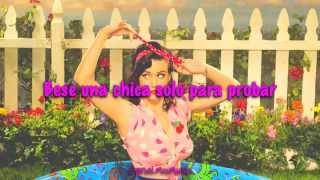 Katy Perry - I Kissed A Girl [Traducida al Español]