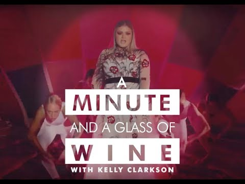 A Minute and A Glass of Wine With Kelly Clarkson | Marie Claire