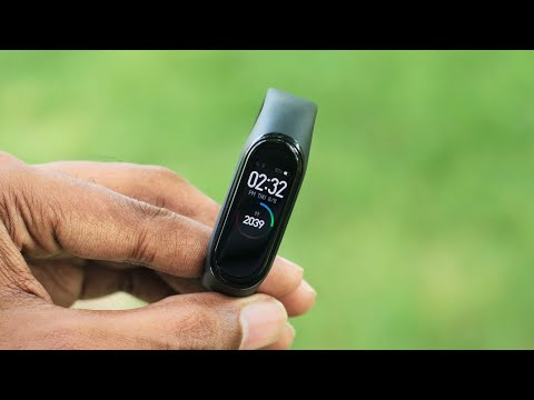 Mi Band 4 launched at ₹2299 in India | Watch this video to know everything about mi Band 4