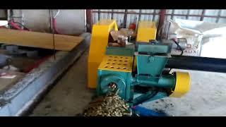 Пеллеты 20 мм, корм для животных, солома + сено + другие натуральные добавки, Франция