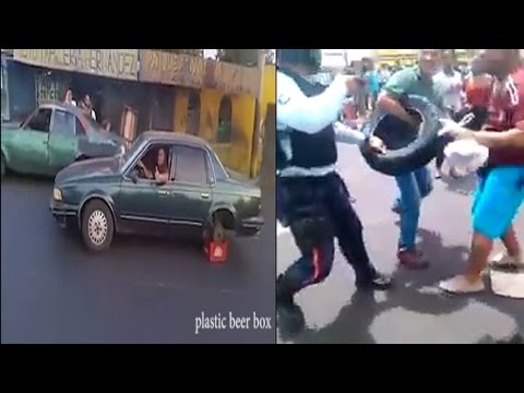 Why People Fight for a Tire in Venezuela?