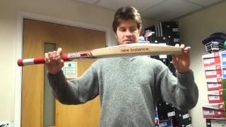CRICKET BATS UNDER £200 - New Balance TC 560 Cricket Bat Review