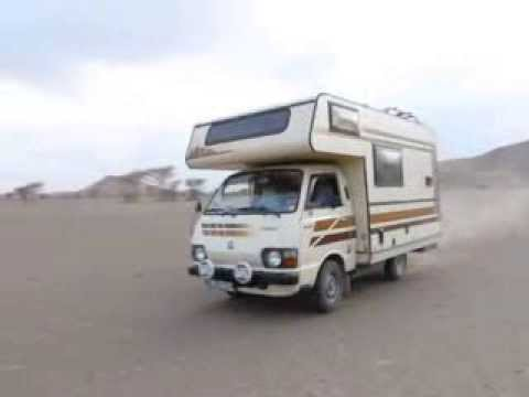 1983 toyota hiace rh11 camper having fun in sahara desert ...