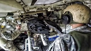u s army artillery inside the m109a6 paladin