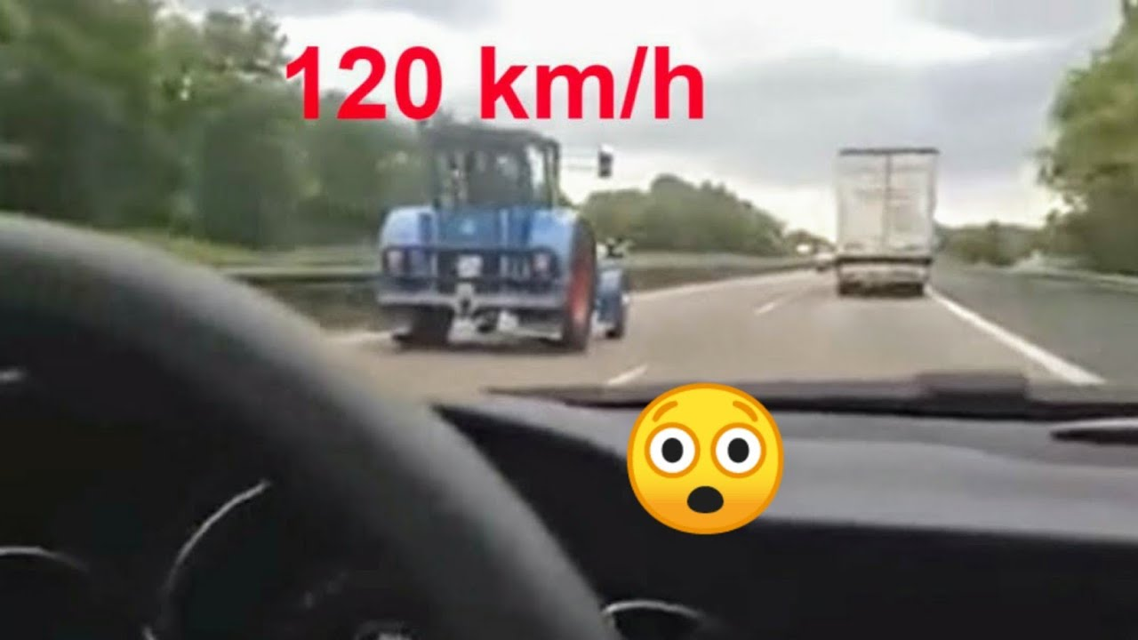 TRACTOR TERROR HANOMAG a 130 km/h por autopista.Old Tractor pulling High speed road highway