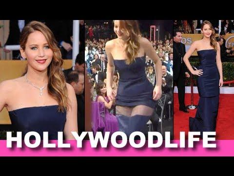 Jennifer Lawrence Splits Her Dress At SAG Awards - Wardrobe Malfunction