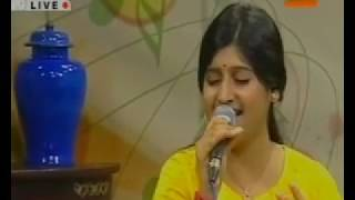 Khilte hai gul yahan Live by Madhuraa