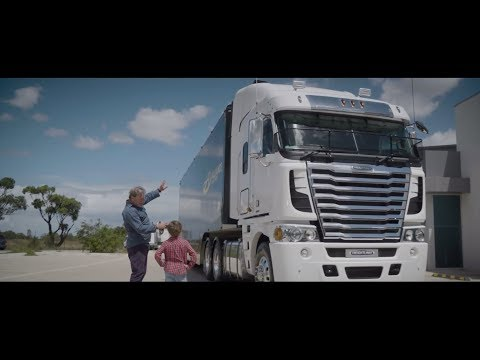 Argosy Truck Walk Around | Freightliner Australia | Best Cab-over