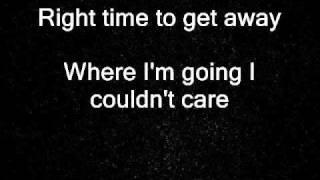White Lies - Streetlights lyrics (2011)