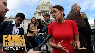 Ocasio-Cortez celebrates Amazon HQ2 decision thumbnail