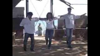 Вот как надо танцевать Сиртаки