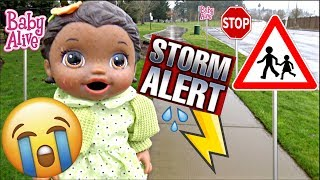 BABY ALIVE gets GROUNDED! CAUGHT in a STORM! The Lilly and Mommy Show. The TOYTASTIC Sisters