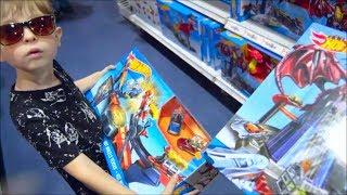 VLOG поход в магазин игрушки Хот Вилс Тачки Shopping TOY STORE Hot Wheels Disney Pixar cars  Batman