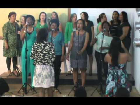 Igreja Cristã Abrigo - Coral de Mulheres - Santo é o Senhor