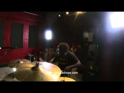Drums - Anthony Burns Shedding with Quintin Gulledge @ GospelChops.com