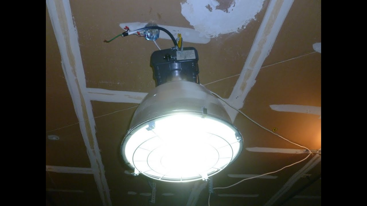 Lithonia hi tek industrial light youtube arubaitofo Images