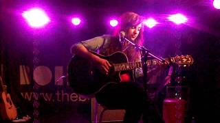 Kate Mcgill - Full To The Brim Live in Guildford
