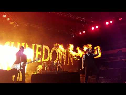 Shinedown Adrenaline FRONT ROW Live in Orlando