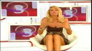 Repeat youtube video Sonja Kraus - simply the best - sendung