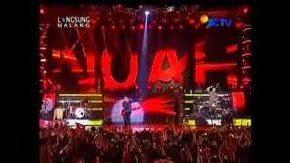 NOAH FEAT YOYO PADI (khayalan tingkat tinggi live MALANG)