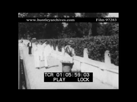 People of Singapore in 1929.  Archive film 97283