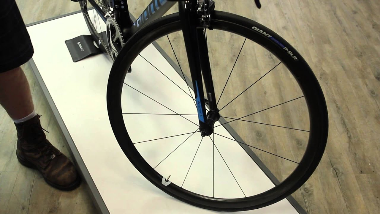 Giant TCR Advanced SL0 2016 - Cut An Integrated Seat Mast - BikemanforU &  Bevan Harris