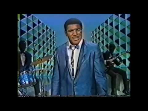 Ernie Terrell - Singing before the fight with Muhammad Ali / Cassius Clay