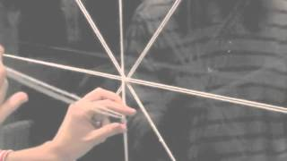 Как сделать паутину из ниток своими руками   Паутина на Хэллоуин своими руками