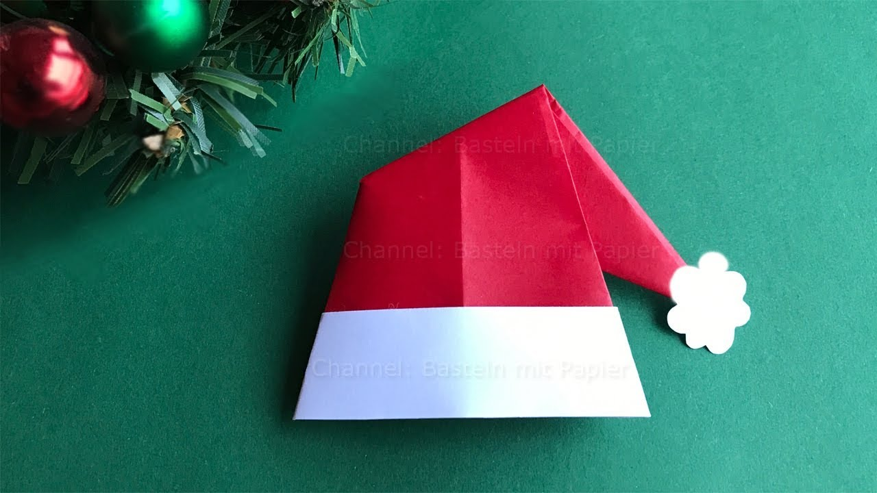Weihnachtsbasteln Papier.Origami For Christmas How To Make A Santa Claus Hat With Paper Christmas Crafts