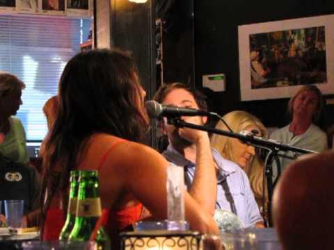 Mallary Hope - She Gets My Life - Bluebird Cafe 9/3/13