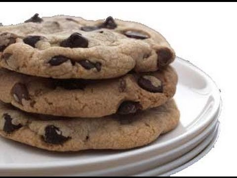 طريقة لذيذة وسريعة لعمل كوكيز الشوكولاتة How To Make Chocolate Chip Cookies Youtube