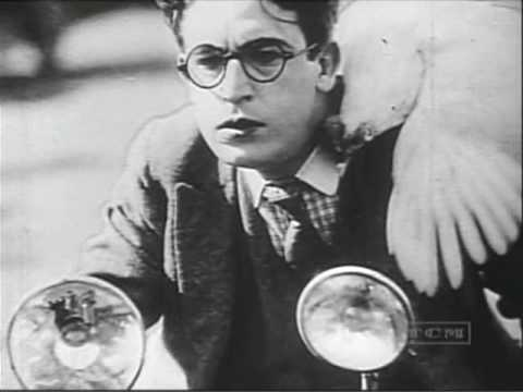 Biography of Harold Lloyd on TCM