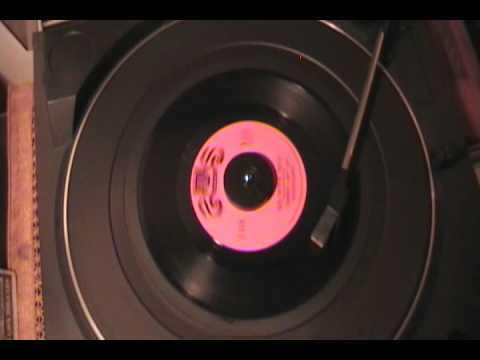 Johnny And The Hurricanes - Red River Rock (original 45 rpm)